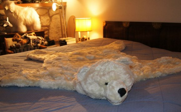 Fake Fur POLAR BEAR RUG skin