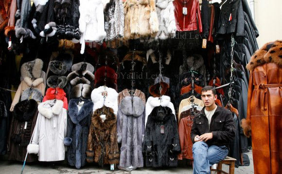 Shop selling cheap fur coats