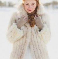 fur jacket for stylish winter brides