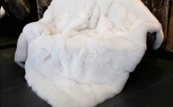 White Fur Throw Rug